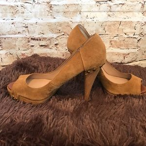 Zara Basic Collection sues / wood heels